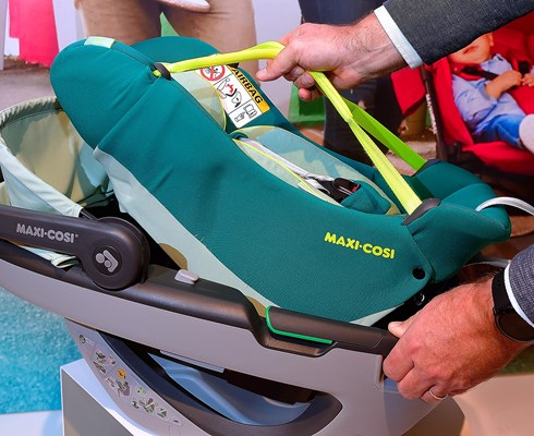 Maxi-Cosi-Helmond-is-setting-the-standard-for-baby-car-seats_Brabant-Brand-Box.jpg